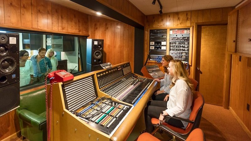 A sound of normalcy: Muscle Shoals Sound Studios extending tours during summer