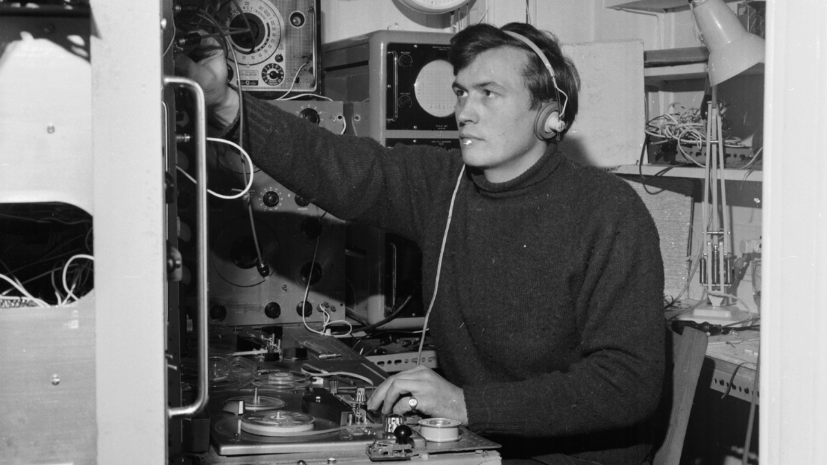 British synth pioneer Peter Zinovieff, one of the creators of the EMS VCS3, has died aged 88
