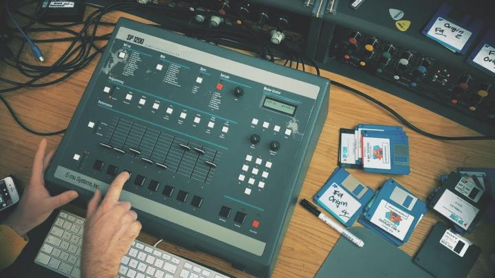 Making an SP1200 House Beat From Scratch