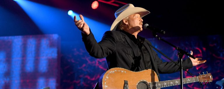 """Behind the Song: """"It's Five O'Clock Somewhere,"""" Alan Jackson and Jimmy Buffett"""