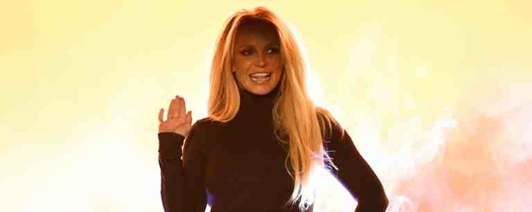 Britney Spears Takes Aim At 'So-Called Support System'