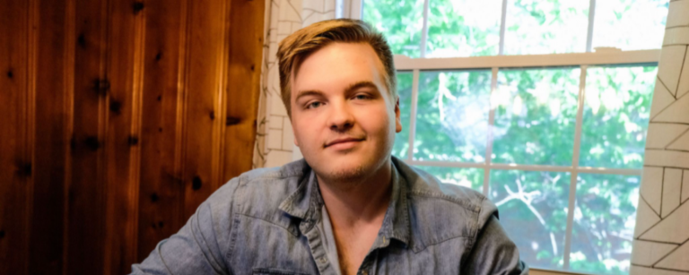 """Caleb Lee Hutchinson Teases Brent-Cobb Produced EP 'Slot Machine Syndrome' with Intro Single """"Who I Am"""""""