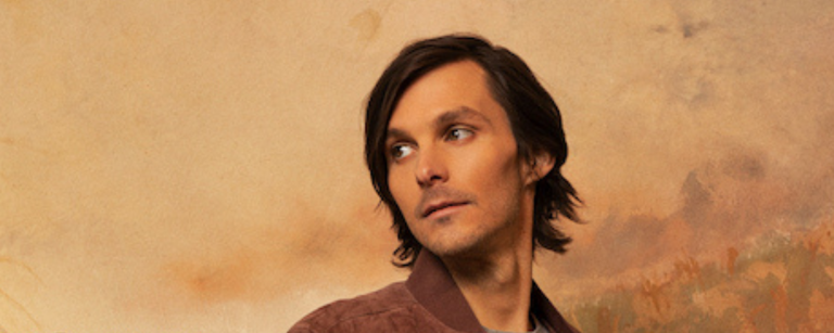 Charlie Worsham's New EP 'Sugarcane' Picks Up Where He Thought His Music Career Ended