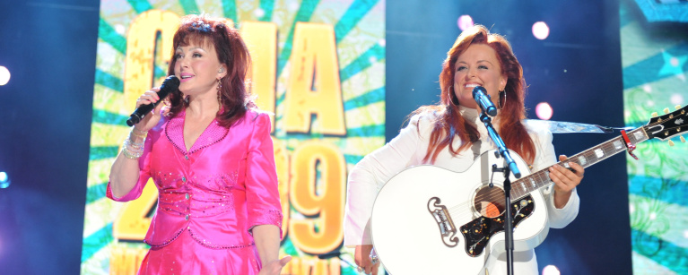 Country Music Hall Of Fame Announces 2021 Inductees: The Judds, Ray Charles, and More