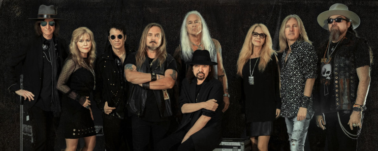 """Lynyrd Skynyrd's Rickey Medlocke On COVID Recovery: """"I Feel Very Blessed And Fortunate To Be Sitting Here Today"""""""