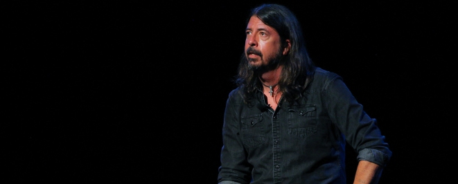 Dave Grohl Plays Drums to Nirvana, Recounts Life and Music at Book Talk